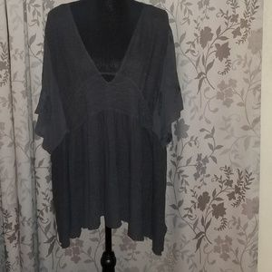 FREE PEOPLE Grey Flowing Top Size Small